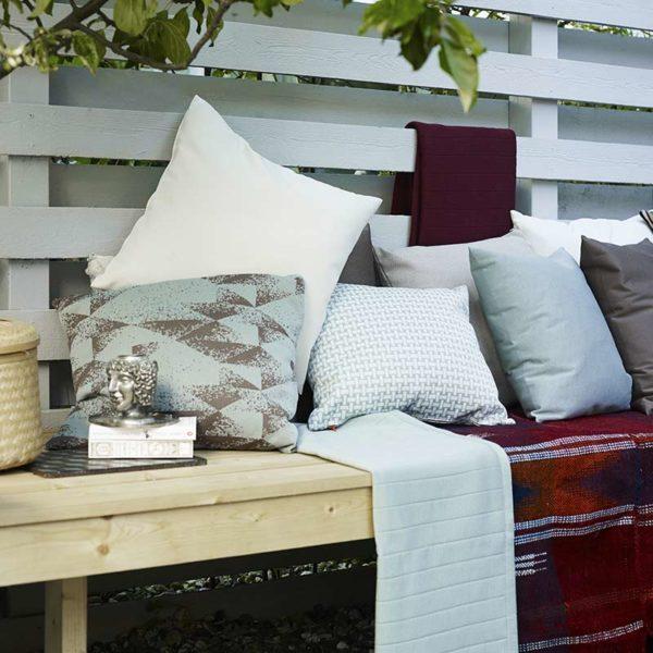 Outdoor Jumper Pillow