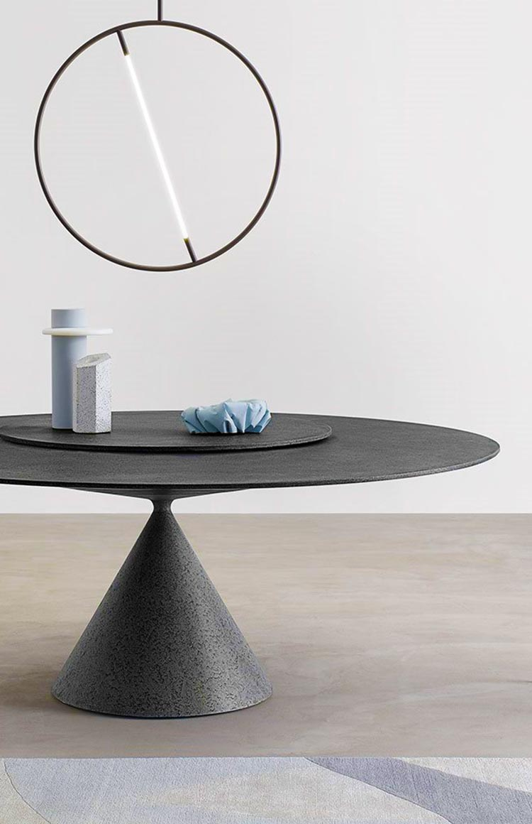 Desalto Clay table lifestyle