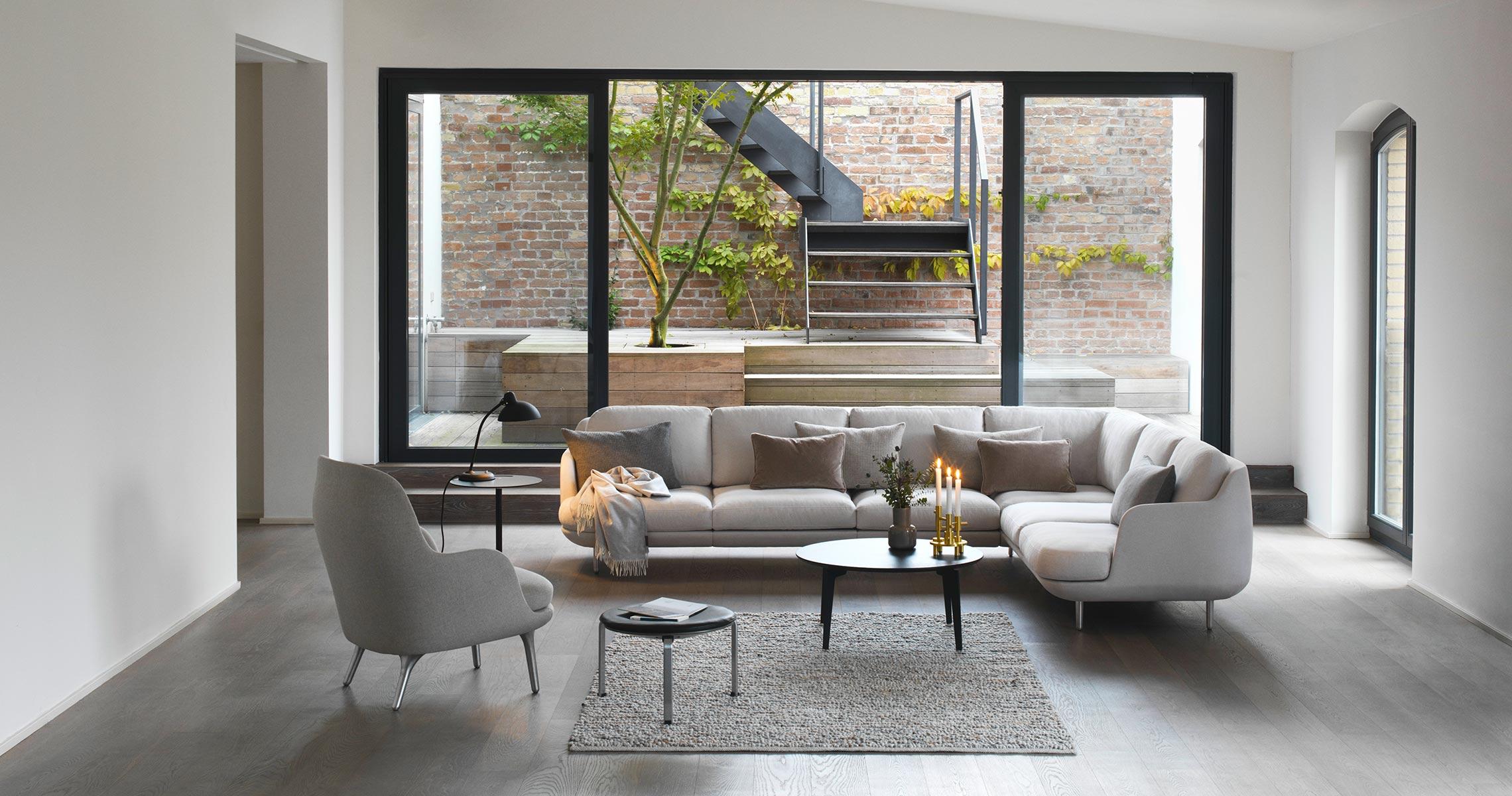 Fritz Hansen Lune modular Sofa lifestyle 65