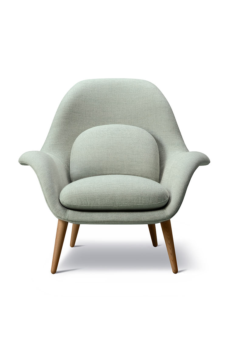 Fredericia Swoon chair lifestyle 178