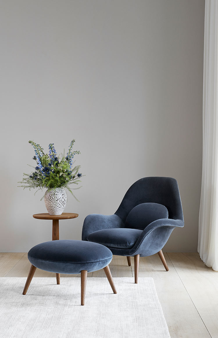 Fredericia Swoon chair lifestyle 462
