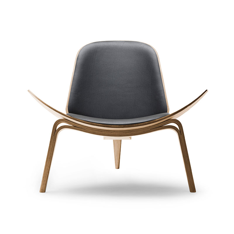 Carl Hansen CH07 Shell Lounge Chair by Hans Wegner