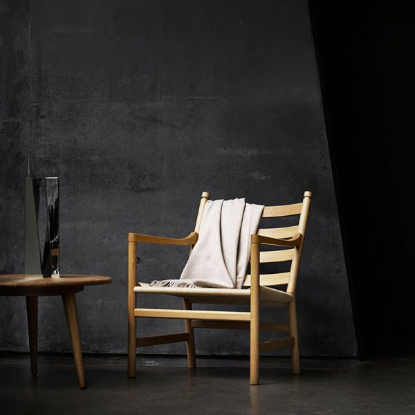 CH44 Lounge Chair