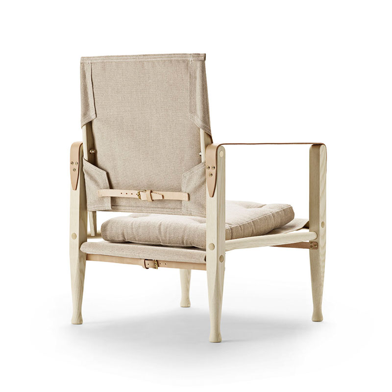 Carl Hansen KK4700 Safari Chair by Kaare Klint with Cushion - Ash natural Canvas 2 Olson and Baker - Designer & Contemporary Sofas, Furniture - Olson and Baker showcases original designs from authentic, designer brands. Buy contemporary furniture, lighting, storage, sofas & chairs at Olson + Baker.