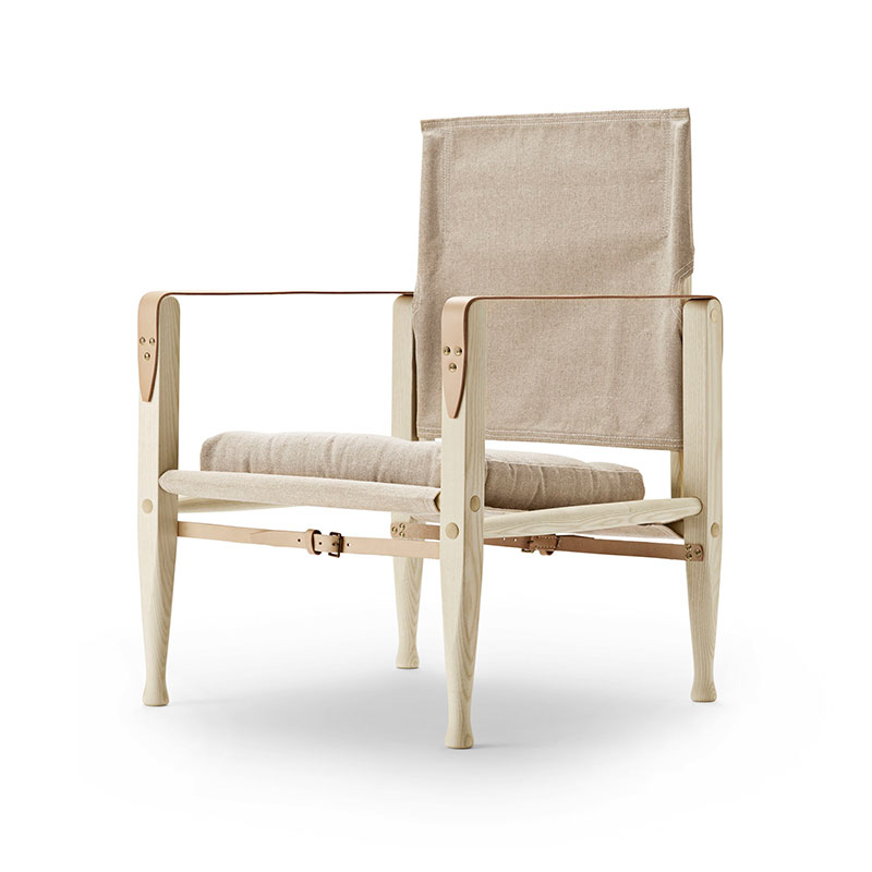Carl Hansen KK4700 Safari Chair by Kaare Klint with Cushion - Ash natural Canvas 3 Olson and Baker - Designer & Contemporary Sofas, Furniture - Olson and Baker showcases original designs from authentic, designer brands. Buy contemporary furniture, lighting, storage, sofas & chairs at Olson + Baker.
