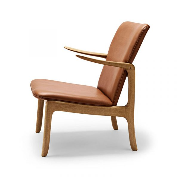 OW124 Beak Lounge Chair