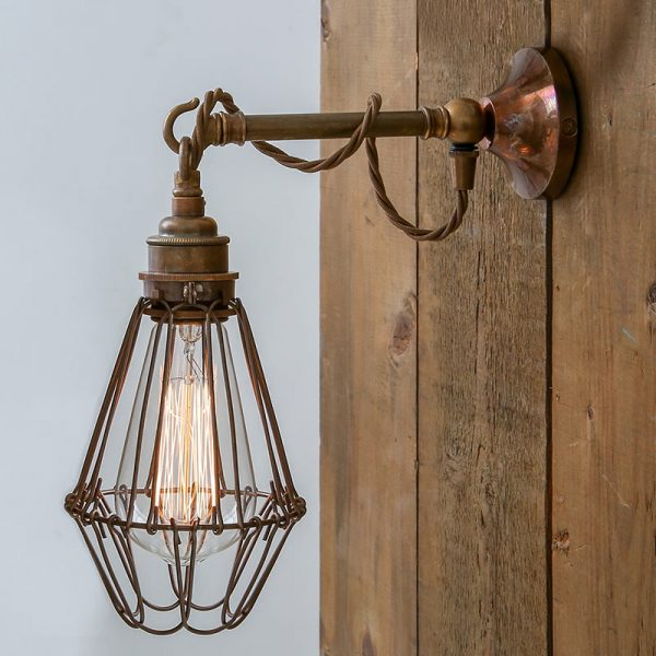 Edom Wall Lamp