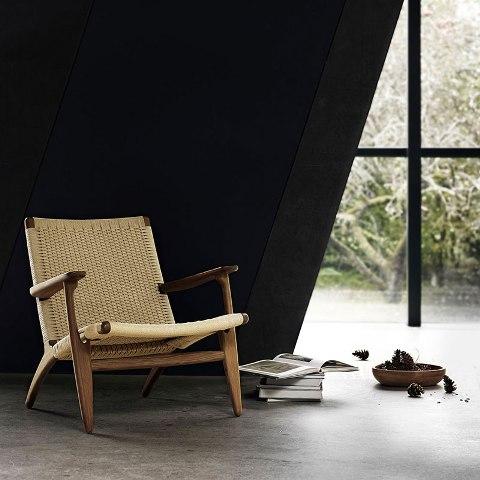 Oiled walnut lounge chair