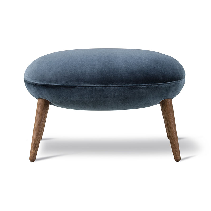 Fredericia Swoon Ottoman by Space Copenhagen Olson and Baker - Designer & Contemporary Sofas, Furniture - Olson and Baker showcases original designs from authentic, designer brands. Buy contemporary furniture, lighting, storage, sofas & chairs at Olson + Baker.